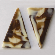 """Florence Triangle (1.93"""" L, 1.32"""" W)"""