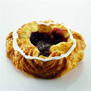 Large Raspberry Crown Danish - 3.2 oz